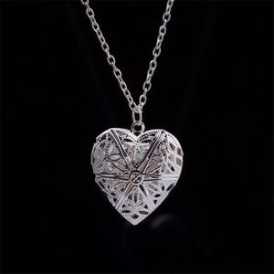 Jewelry - Silver Heart Shaped Locket Necklace